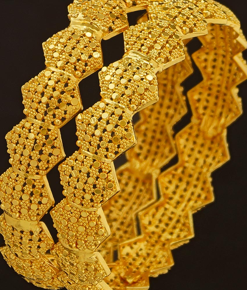 BNG200 - 2.4 Size Grand Look Stunning Gold Broad Bangle Design Dye Gold Bangles for Wedding
