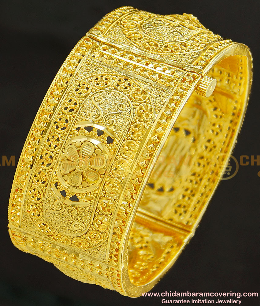 BNG251 - 2.6 Size Bridal Wear Gold Look Screw Bangle Guarantee Gold Kada Design for Ladies